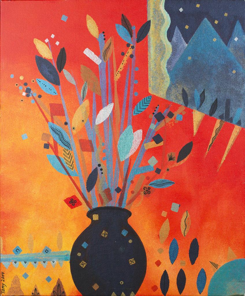 Peinture à l'acrylique représentant un vase noir et des végétaux et fleurs sur fond orangé, des étoiles, technique au pochoir.